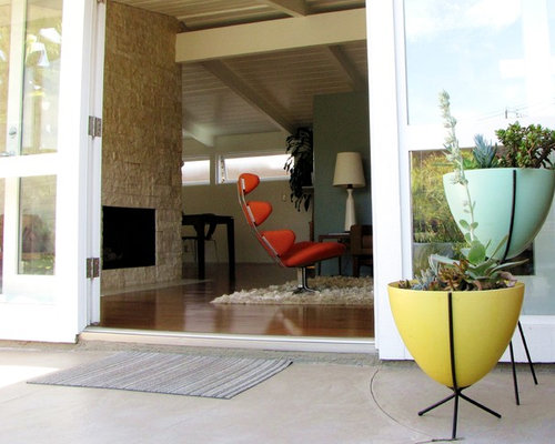 Inspiration for a 1950s entryway remodel in Orange County - Mid Century Planters Houzz