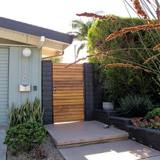 Midcentury Entry by Tara Bussema - Neat Organization and Design