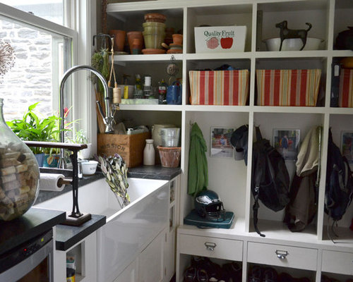 Houzz mudroom sink design ideas remodel pictures for Mudroom sink ideas