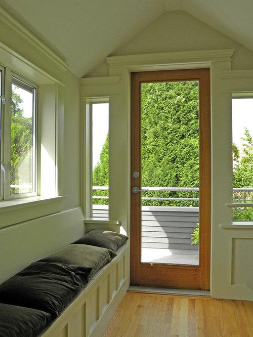 my houzz bold wallpaper kicks up a century old craftsman. Black Bedroom Furniture Sets. Home Design Ideas