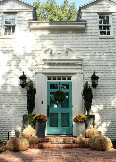 Traditional Entry by Mina Brinkey