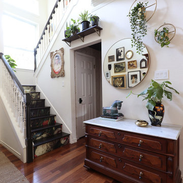 My Houzz: Moody Wall Treatments and Eclectic Style in Austin