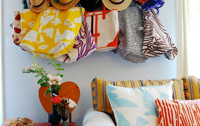 10 Ways to Get Your Living Room in the Summer Spirit
