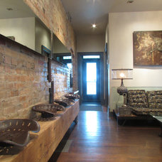 Industrial Entry by Jenn Hannotte / Hannotte Interiors
