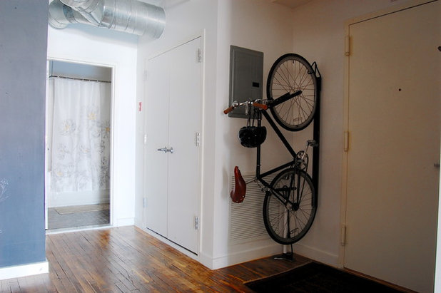 hereingeradelt so verstaut man das fahrrad in der wohnung. Black Bedroom Furniture Sets. Home Design Ideas