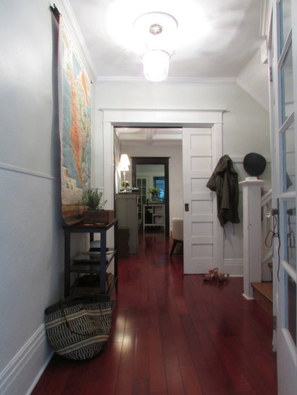 Traditional Entry by Jenn Hannotte / Hannotte Interiors
