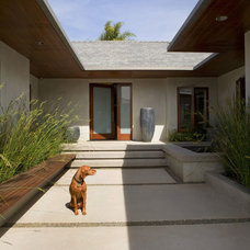 Contemporary Entry by Tim Clarke Design