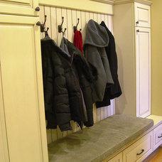 Traditional Entry by Jennifer Morgenthau Architect, LLC