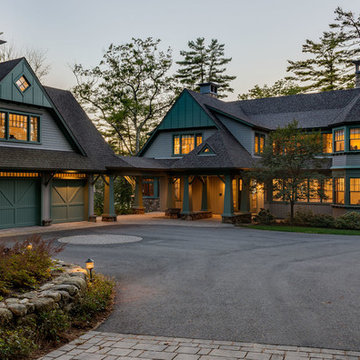 New England Lakefront Living