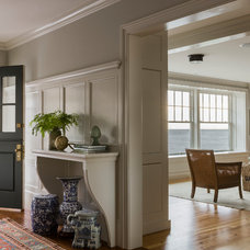 Beach Style Entry by Carpenter & MacNeille