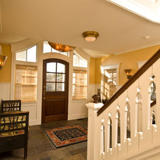 Traditional Entry by Kemper Associates Architects, LLC