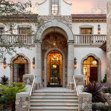 Mediterranean Entry by Calvin Design