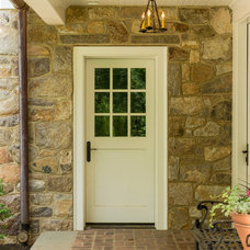 Traditional Entry by Period Architecture Ltd.