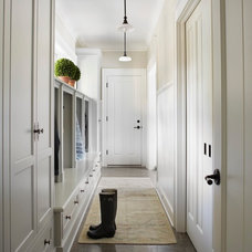 Traditional Entry by Molly Quinn Design