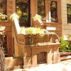 Traditional Entry New York Brownstone Garret