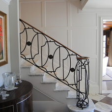 Traditional Staircase by Scott Rosenbaum Architecture