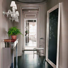 contemporary entry by Moroso Construction