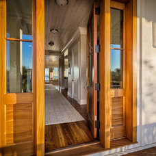 Beach Style Entry by Catalyst Architects, LLC