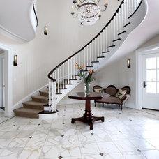 Traditional Entry by J Visser Design