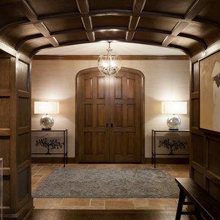North Shore: Foyer