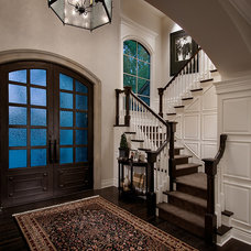 Traditional Entry by Gina Spiller Design