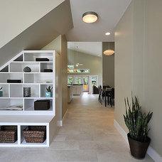 Modern Entry by Brodie Builders