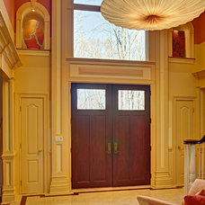 Transitional Entry by McMahon Design Group