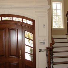 Traditional Entry by Matthew Korn Architecture AIA