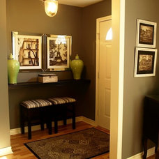 Contemporary Entry by Decor Innovation Designs