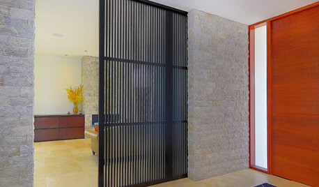 How to Use Structures, Screens & Panels to Split Large Spaces
