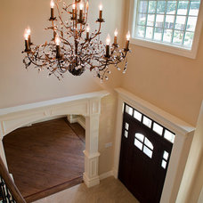 Traditional Entry by Michelle Winick Design