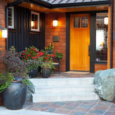 Rustic Entry by Dan Nelson, Designs Northwest Architects