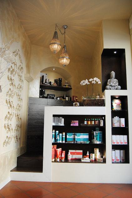 Asian Entry by K-studio Interior Design