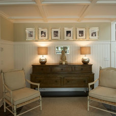 Traditional Entry by C.H. Newton Builders, Inc