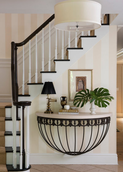 Traditional Entry by Dorye Brown Interiors