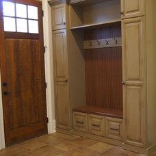 Traditional  by Plattner Custom Builders, LLC