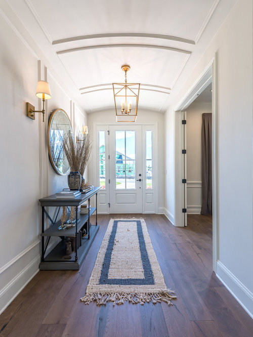 Jacksonville home design ideas pictures remodel and decor for Transitional foyer ideas