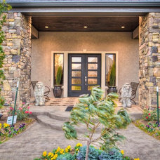 Traditional Entry by Jaggers Home Design