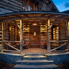 Rustic Entry by North Fork Builders of Montana, Inc.