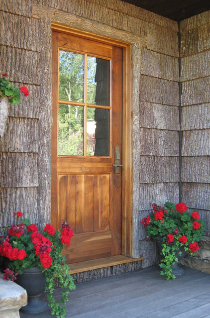 Rustic Entry by Christopher Kellie Design Inc.