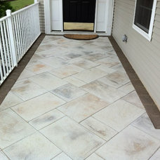 Traditional Entry by Brick by Brick Pavers and Landscaping, LLC.
