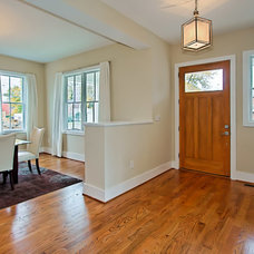 Traditional Entry by Arlington Construction Management