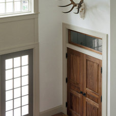 Rustic Entry by Siemasko + Verbridge