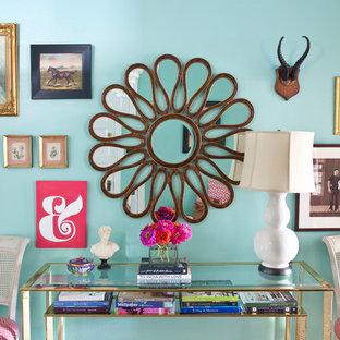 Удачное сочетание для дизайна помещения: прихожая в стиле фьюжн с синими стенами - самое интересное для вас