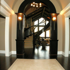 traditional entry Photo Gallery | West Coast Virtual Tours