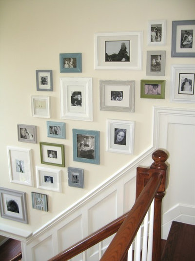 Traditional Entry Picture Collage Wall