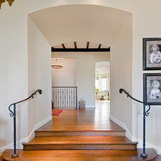 Traditional Entry by Wm. F. Holland/Architect
