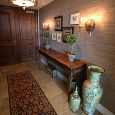 Traditional Entry by m.a.p. interiors inc. / Sylvia Beez