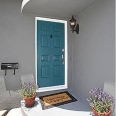 Contemporary Entry by The Property Sisters