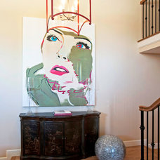 Contemporary Entry by Susan Corry Design